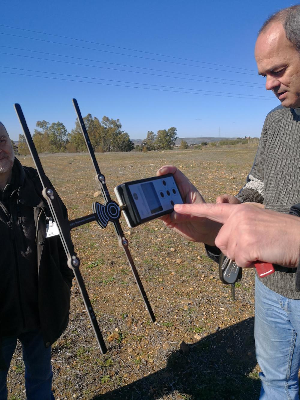 Pruebas de campo y validación de los nuevos emisores GPS para el cernícalo primilla